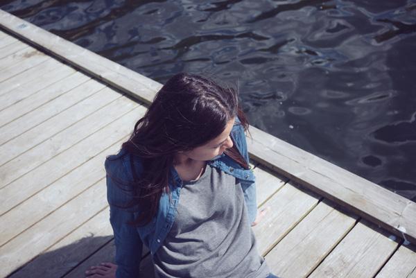 woman, dock, water, sitting